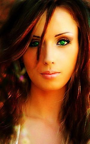 File:Russian-Girl-Green-Eyes.jpg