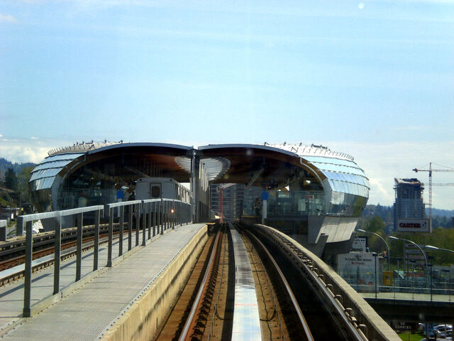 File:BrentwoodTownCentreStation.jpg