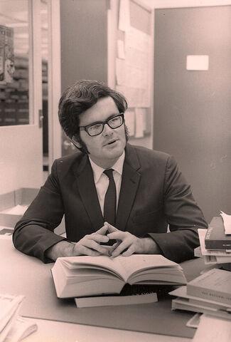 File:Newt Gingrich, West Georgia College professor.jpg