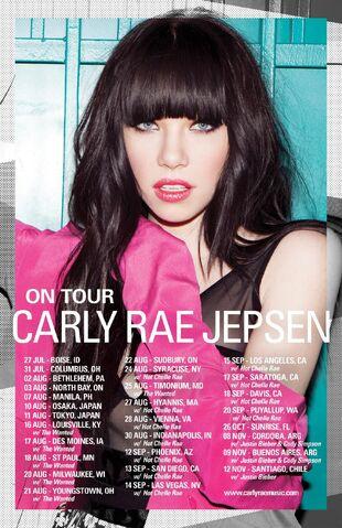 File:Carly Tour Pic.jpg