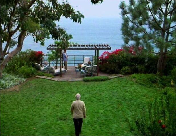 File:Beach House2.jpg