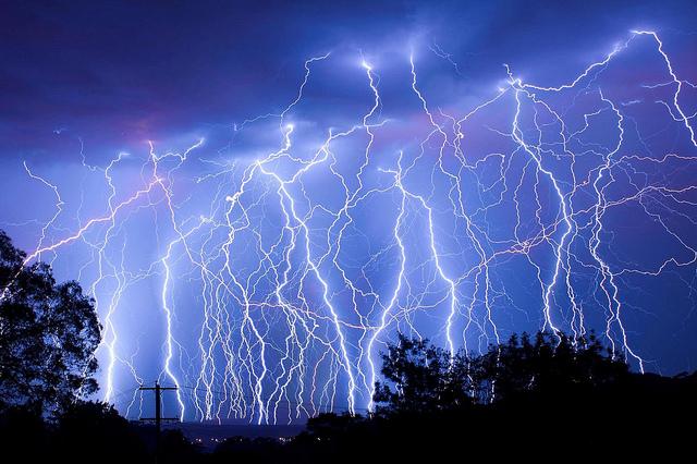 File:Lightning-strikes.jpg