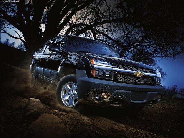 File:Chevrolet-Avalanche 2002 800x600 wallpaper 01-1-.jpg