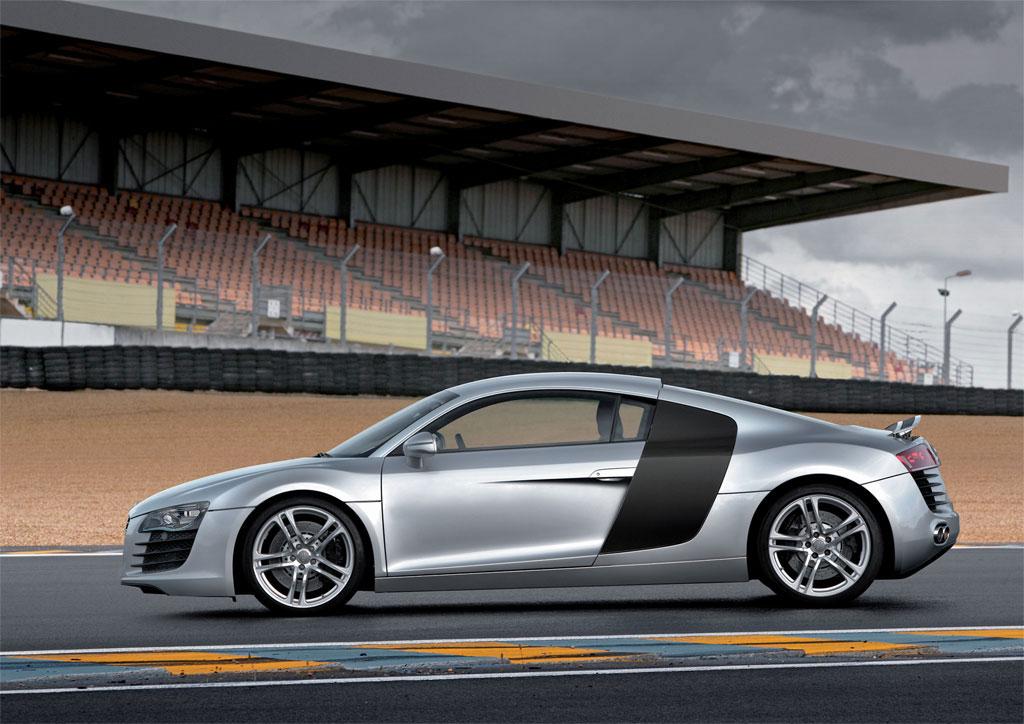 Audi-R8-Wallpapers-4-1-
