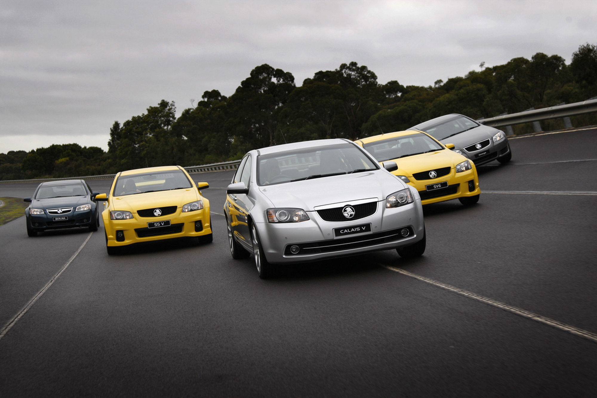 2011-Holden-Series-II-Family-wallpaper