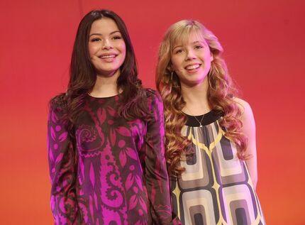 Miranda and Jennette