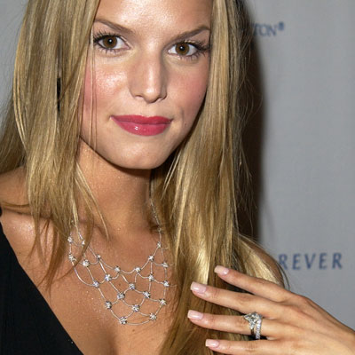 File:Jessica Simpson wedding ring.jpg