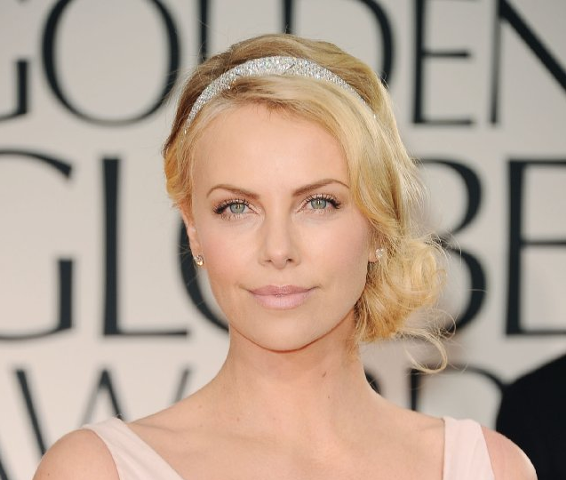 File:Charlize Theron.png