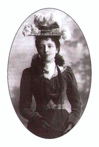 File:Lucy Maud Montgomery.JPG