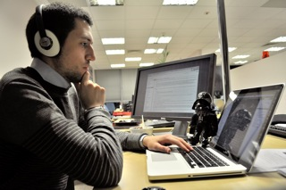 File:Federico hacking.png