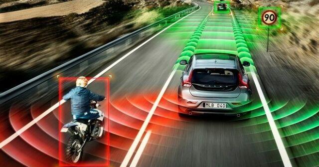 File:Volvo-self-driving-car-706x369.jpg