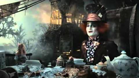 Alice nelle paese delle meraviglie - L'ora del tè