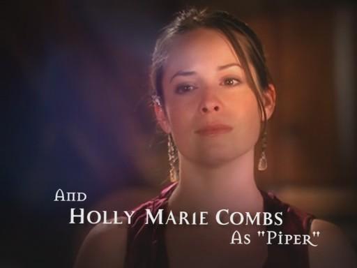 File:Holly Marie Combs (Season 7 & 8).jpg