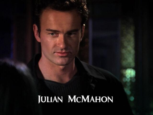 Фајл:Julian McMahon2.jpg