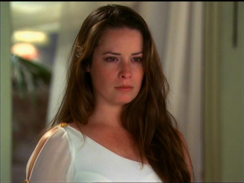 Plik:Piper as Goddess.jpg