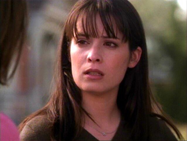 File:1x17-Piper.jpg