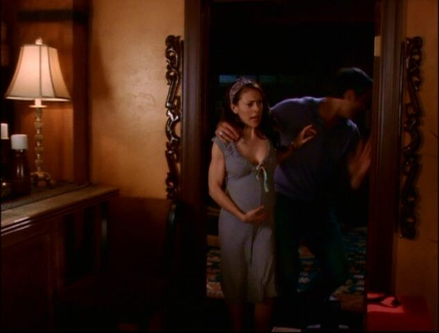 File:Phoebe is pregnant again.jpg