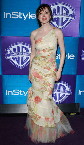 File:Style+Warner+Bros+6th+Annual+Golden+Globe+EP27mFs7vnMl.jpg