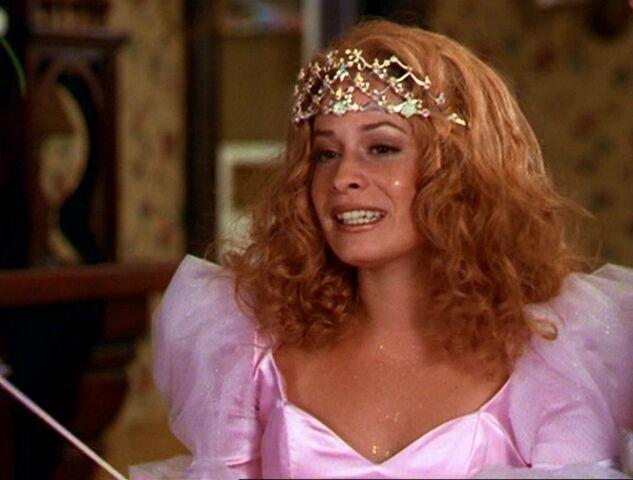 File:Piper as Glinda.jpg