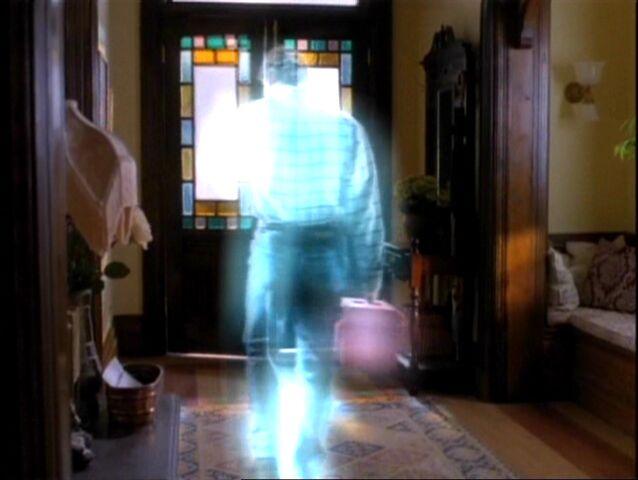 File:1x10-LeoMagical.jpg