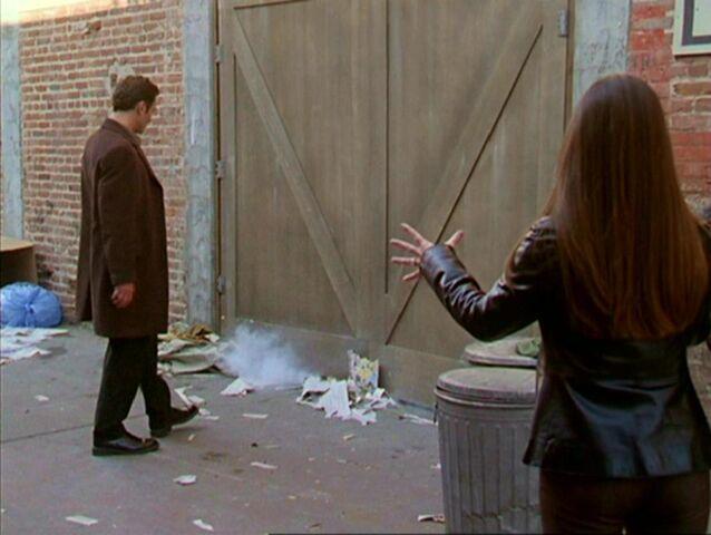 File:Charmed403 255.JPG