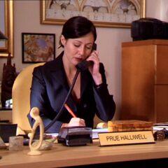 Biuro Prue Halliwell.