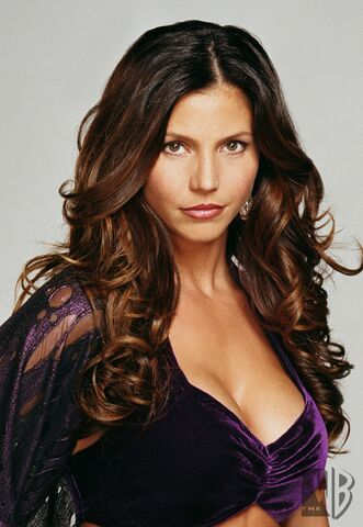 File:43199 Charisma Carpenter Charmed Photoshoot 9872 122 423lo.jpg