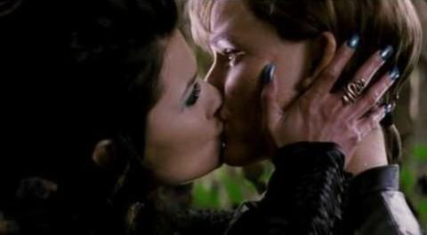 Typhoid Kiss2 (2)