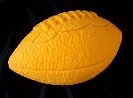 File:Toptensculpt-football.jpg