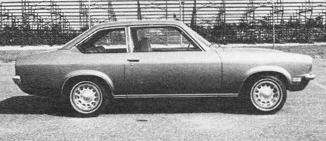 File:1971 Vega - Car and Driver Jan 71.jpg