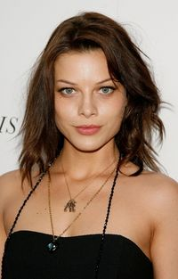 File:Lauren German.jpg