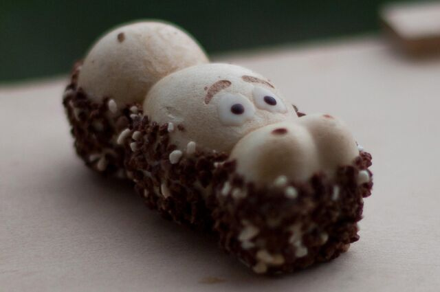File:Kinder Happy Hippo from Germany.jpg