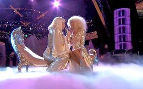 Lady gaga christina aguilera the voice finale season 5 2013 do what u want