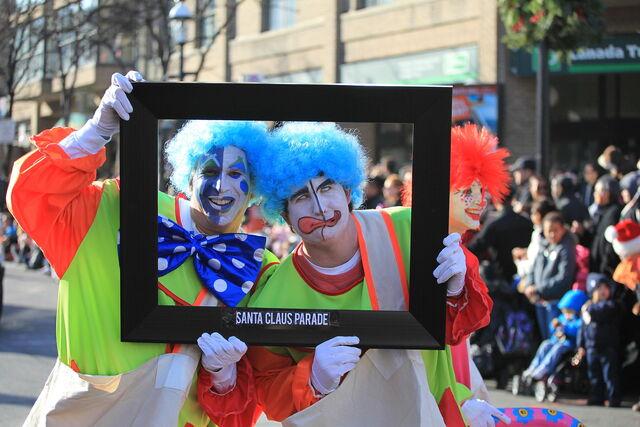 File:Toronto Christmas Parade Celebrity Clowns.jpg