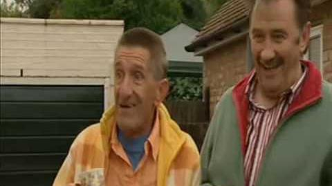 ChuckleVision 17x02 A Job Well Done