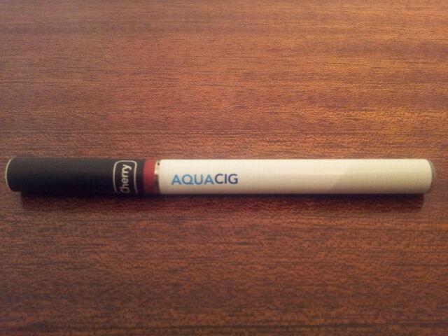 File:AquaCig electronic cigarette e-cig.jpg