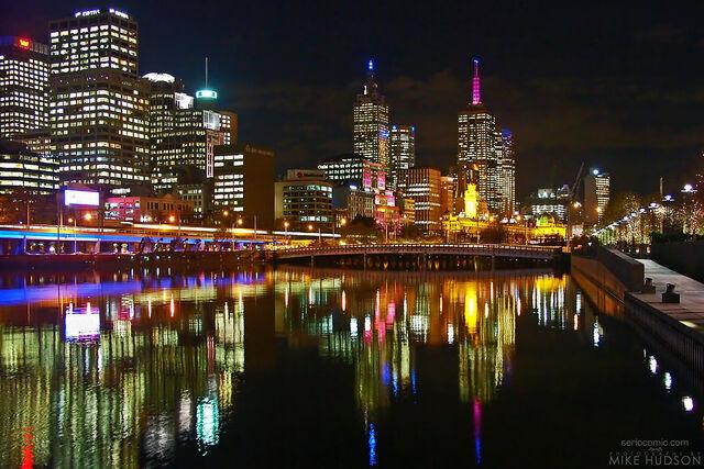 File:Melbourne at night.jpg