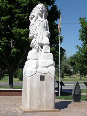 File:Pocatello Statue.jpg
