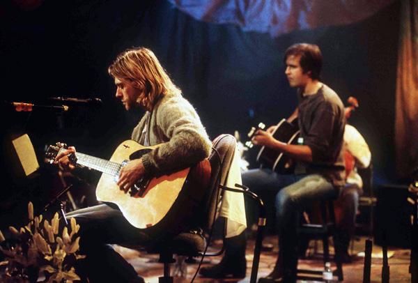 File:Nirvana mtv unplugged in new york image 4 .jpg