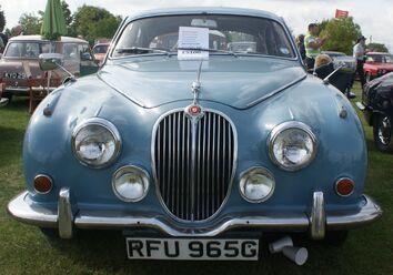 Jaguar Mark 2 front