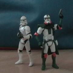 Commander Shox Figure with Trooper