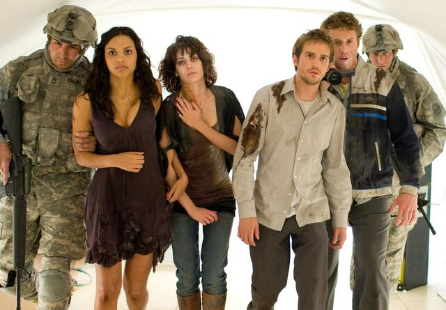 File:Cloverfield Stills-13.jpg