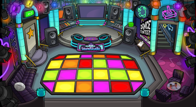 File:Dance club with new design puffle.png