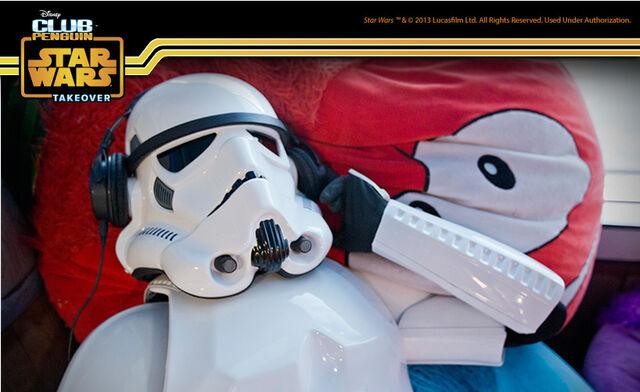 File:Stormtroopers-at-Work Music-Break-1374704946.jpg