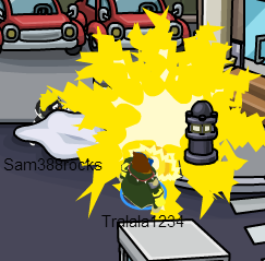 File:Me destroying someones robot!.png