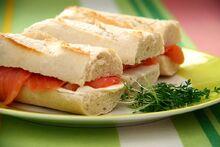 Salnon Cream Chesse Sandwiches
