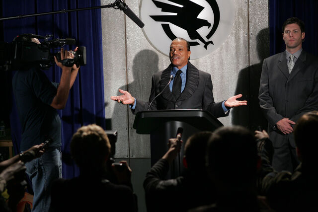 File:CNCTW Boyle Press Conference.JPG