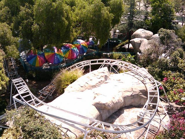 File:Freeway Coaster Bumper to Bumper.jpg