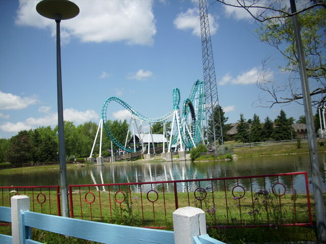 File:Boomerang on Fun Lake.JPG