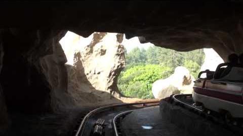 Matterhorn Bobsleds (Disneyland Park) - OnRide - (1080p)